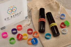 Eo Bandz bottles with bag and box - reduced - cropped